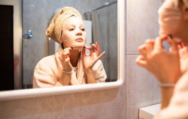 Vitamin C facial sheet mask